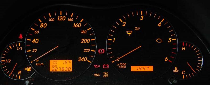 Avensis-2294a